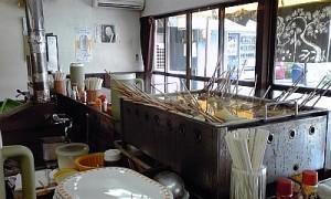 2012_0819_15_けつねうどん_五台山店店内