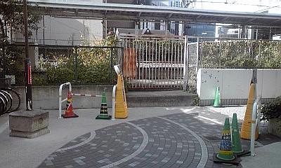 2012_12_14_11_58_立会道路