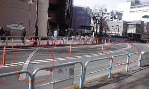 2012_12_14_12_02_阪急前_河岸