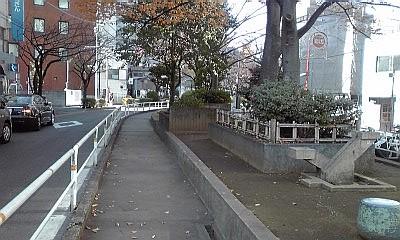 2012_12_14_12_11_河川跡_公園