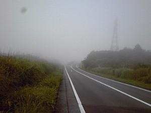 2013_08_04_箱根_ターンパイク_霧